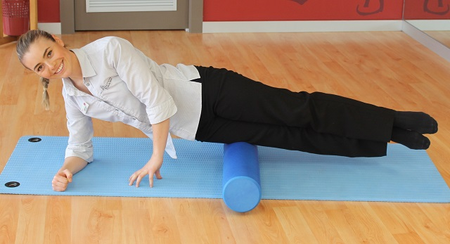 exercises-for-tradies-foam-rolling